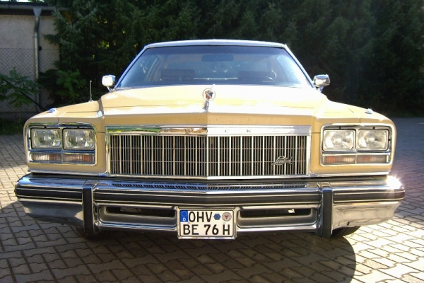 1976-richter-279B5DD06-2E40-8EFF-BA6D-F1934679FC6E.jpg